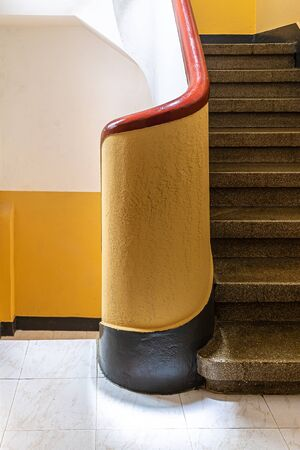 interior stairs in an old building Banque d'images