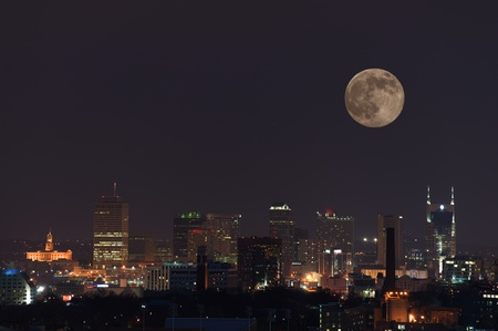 tennessee: La ciudad de Nashville, en la noche, justo despu�s de la puesta de sol