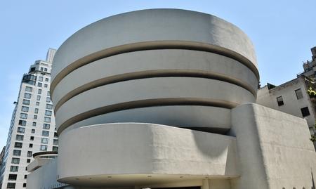 ソロモン ・ r ・ グッゲンハイム美術館