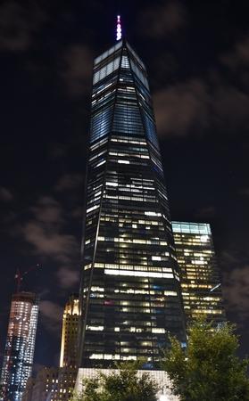 夜のフリーダムタワー(ワンワールドトレードセンター)