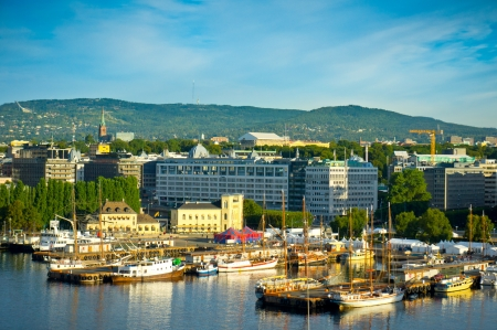 A view of the city of Oslo as seen from the Oslofjord Imagens