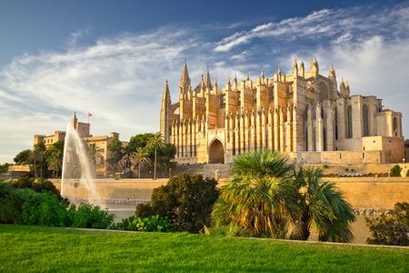 The Cathedral of Santa Maria of Palma de Mallorca, La Seu, Spain 스톡 콘텐츠