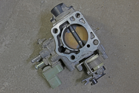 throttle: Throttle body removed from Japan car