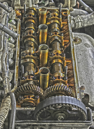 camshaft: Under the cover of the valves of the car in HDR effect