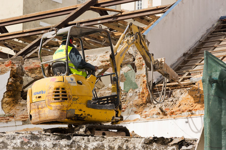 dredging: Demolition work in Lisbon