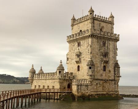 torre: Torre de Belem in Lisbon