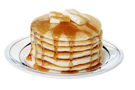 palatschinken: Isoliert Pfannkuchen mit Butter und Sirup