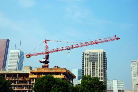housebuilding: Huge Crane