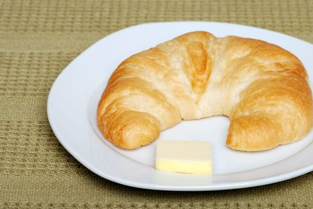 crescent:   crescent with butter
