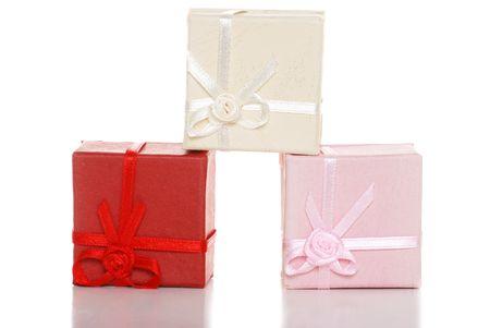 three gift boxes: tres cajas de regalo apilados