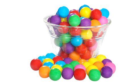 gencives: bubble gum dans un bol.