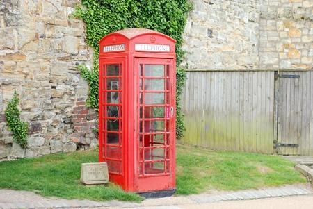 telephone: english telephone booth