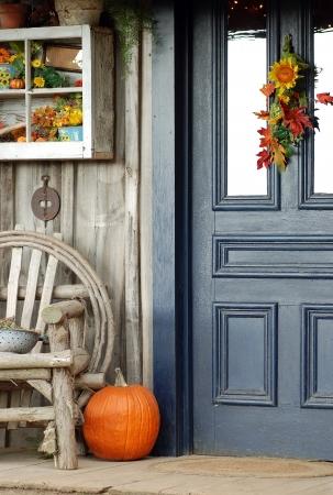 front porch: Fall porche delantero Foto de archivo