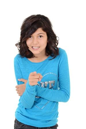 enfant fach�: Enfant en col�re pointant