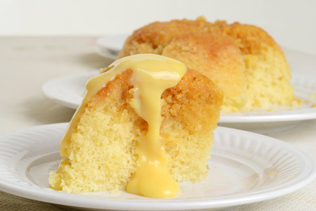 suikerstroop pudding en vla Stockfoto