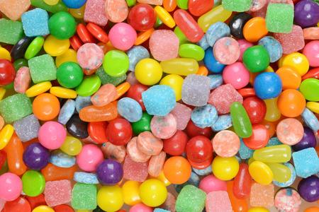 gencives: gros plan de bonbons mélangés