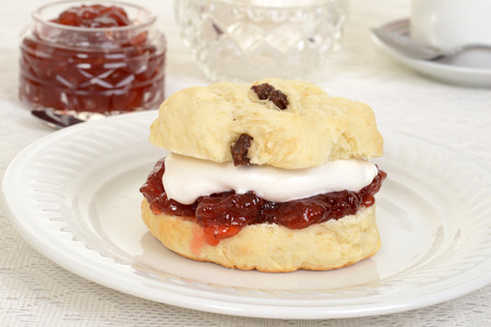 english devon cream tea photo