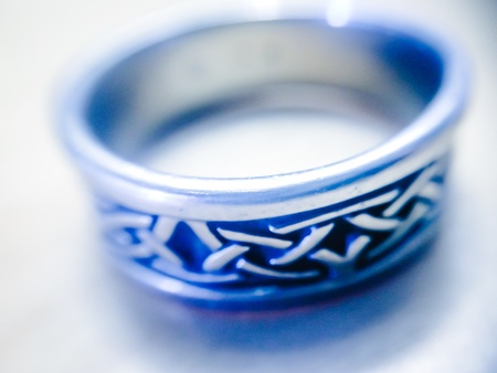 infinity symbol: Intertwining symbol of love