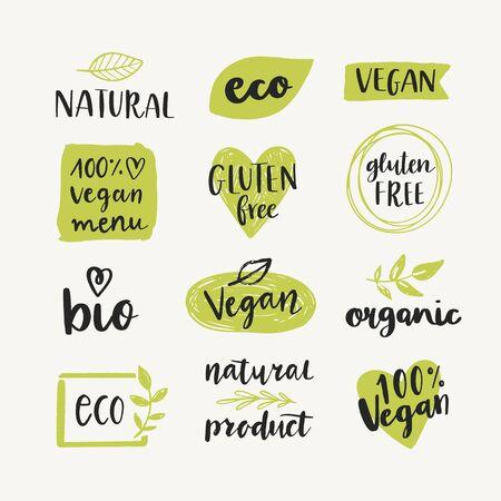 Set di etichette per alimenti biologici, eco, bio, naturali, senza glutine, vegani ed elementi di design vettoriale. Modelli di logo di cibo sano. Logo