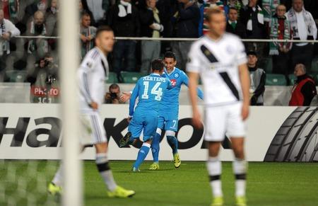uefa: WARSAW, POLAND - OCTOBER 1, 2015: UEFA Europa League group stage Legia Warsaw SSC Napoliop Dries Martens Jose Callejon goal Napoli Napoli