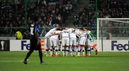 uefa: WARSAW, POLAND - OCTOBER 22, 2015: UEFA Europa League group stage Legia Warsaw Club Brugge Belgiumop: Legia