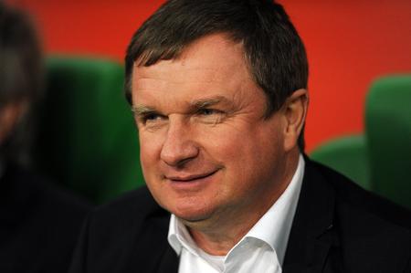 european championship: WROCLAW, POLAND - NOVEMBER 17, 2015: EURO 2016 European Championship friendly game Poland - Czech Republic op Pavel Vrba Editorial