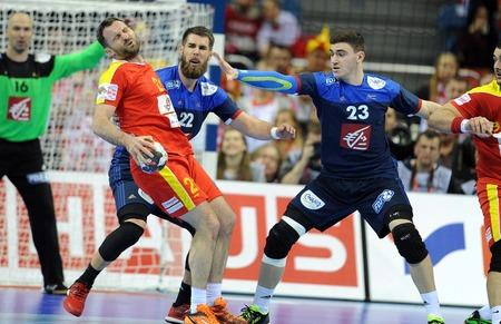 fabregas: CRACOV, POLAND - JANUARY 15, 2016: Mens EHF European Handball Federation EURO 2016 Krakow Tauron Arena Macedonia France op: Nemanja Pribak Luka Karabatic Ludovic Fabregas