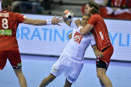 CRACOV, POLAND - JANUARY 27, 2016: Men's EHF European Handball Federation EURO 2016 Krakow Tauron Arena France Norwayo/p: Daniel Narcisse Robin Kend Tonnesen Sajtókép