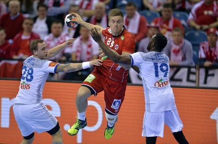 CRACOV, POLEN - 27 januari 2016: Heren EHF Europese handbalfederatie EURO 2016 Krakow Tauron Arena Frankrijk Noorwegen o  p: Valentin Porte Lie Espen Hansen Luc Abalo Redactioneel
