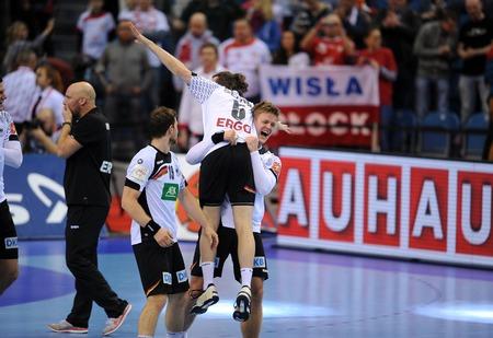 johannes: Cracov, POLAND - JANUARY 31, 2016: Mens EHF European Handball Federation EURO 2016 Krakow Tauron Arena Germany Spainop: Niclas Pieczkowski Johannes Sellin Martin Strobel Editorial