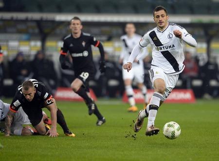 midfielder: WARSAW, POLAND - MARCH 05, 2016, T-Mobile Polish Extra League Premier Football League Legia Warsaw Gornik Zabrzeo  p: Tomasz Jodlowiec