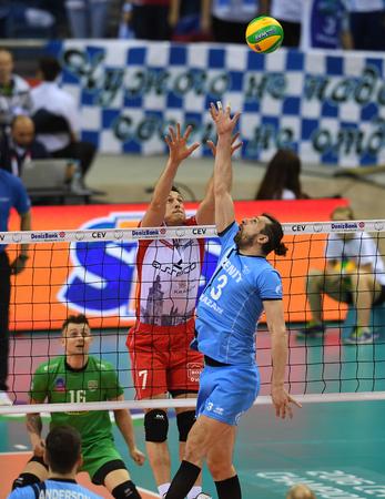 cev: WARSAW, POLAND - APRIL 16, 2016: Volleyball Champions League Final Four nz ALEH AKHREM ( ASSECO ) ALEXANDER BUTKO ( ZENIT )