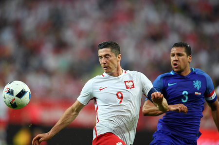 jeffrey: GDANSK, POLAND - JUNE 01, 2015: EURO 2016 European International Friendly Game Poland - Netherland o  p Robert Lewandowski Jeffrey Bruma Editorial
