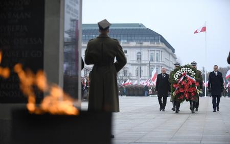 Warschau, Polen - 11. OKTOBER 2018: Feier des 100. Jahrestages der Wiedererlangung der Unabhängigkeit durch Polen vor dem Grab des Unbekannten Soldiero/p: Andrzej Duda, Mateusz Morawiecki