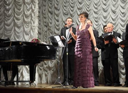 MOSCOW - APRIL 18: Olga Povstyanaya and Men