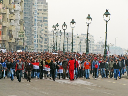 alexandria egypt: Alexandria, Egypt - January 28, 2011 - Egyptian demonstrations against President Munbarak Editorial
