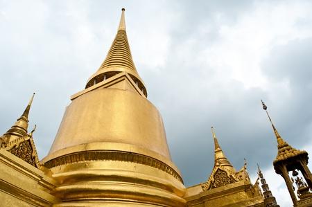 Golden pagoda at Temple Wat Prakaew
