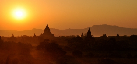 Myanmar sightseeing  Temples in the plain of Bagan Stock Photo