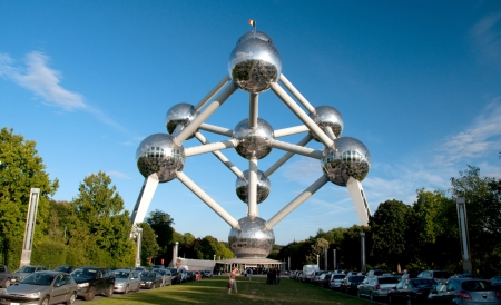 Brussels, Belgium - September 21, 2010  The Atomium is a monument in Brussels, originally built for Expo  58, the 1958 Brussels World s Fair  People can visit the Monument and have souvenir at the shop  Redakční