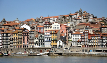 rabelo: View of Porto city at the riverbank  Ribeira quarter  and wine boats  Rabelo  amp; quot;  on River Douro Portugal , a UNESCO World Heritage City  Stock Photo