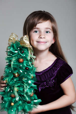 �aucasian: �aucasian Six Year Old Girl Christmas Tree Stock Photo