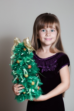 �aucasian: �aucasian Six Year Old Girl With Christmas Tree
