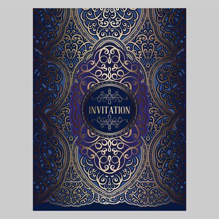 Tarjeta de invitación de boda con follaje rico oriental y barroco dorado y azul brillante. Fondo de brocado adornado para su diseño. Plantilla de diseño intrincado.