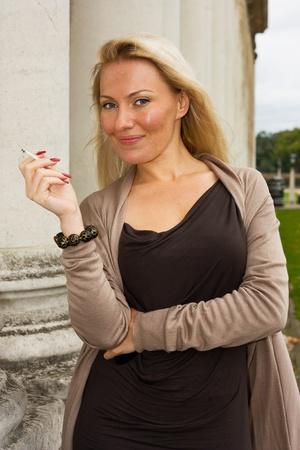 bad habits: young woman smoking..