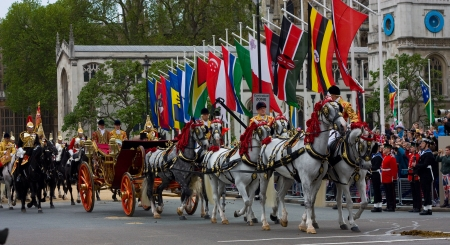 prince charles of england: LONDON - JUNE 5: The Queens carriage procession  makes its way to Buckingham Palace during the Diamond Jubilee celebrations on June 5, 2012 in London, England, UK. The diamond Jubillee marks 60 years of the Queens reign