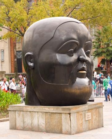 antioquia: MEDELLIN, COLOMBIA - OCT 10th 2012: Statue Editorial