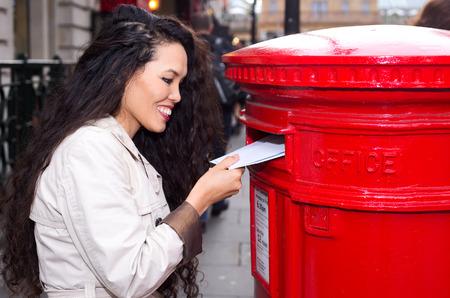 posting: j�venes cartas mujer publicar