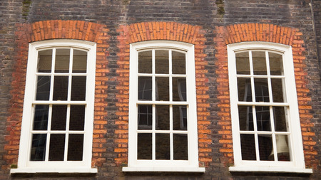 traditional english sliding sash windows