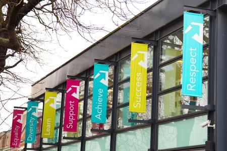 enfield: LONDRA - 21 gennaio: collegio di harringey Enfield ea nord est di Londra in gennaio 21, 2015, a Londra, Inghilterra, Regno Unito. Il sistema scolastico britannico � classificato 6 � nel mondo. Editoriali