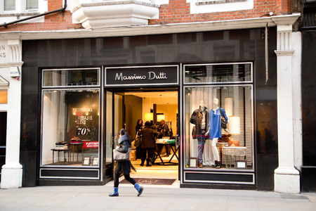 massimo: LONDON - JANUARY 22nd: The exterior of Massimo  Dutti on January the 22nd, 2015, in London, England, UK. Massimo has over 759 stores in more than 71 countries.